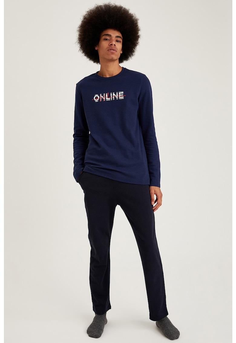 Pijama regular fit cu imprimeu text imagine fashiondays.ro