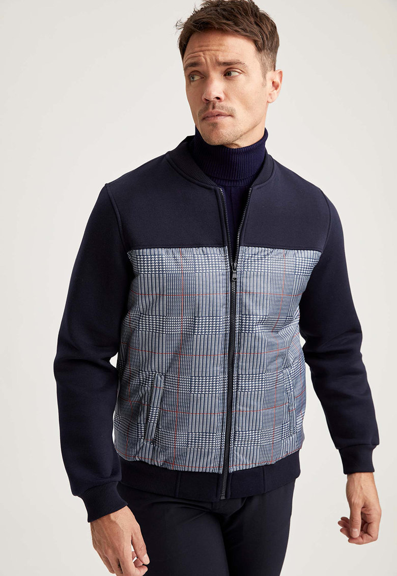Jacheta cu buzunare laterale