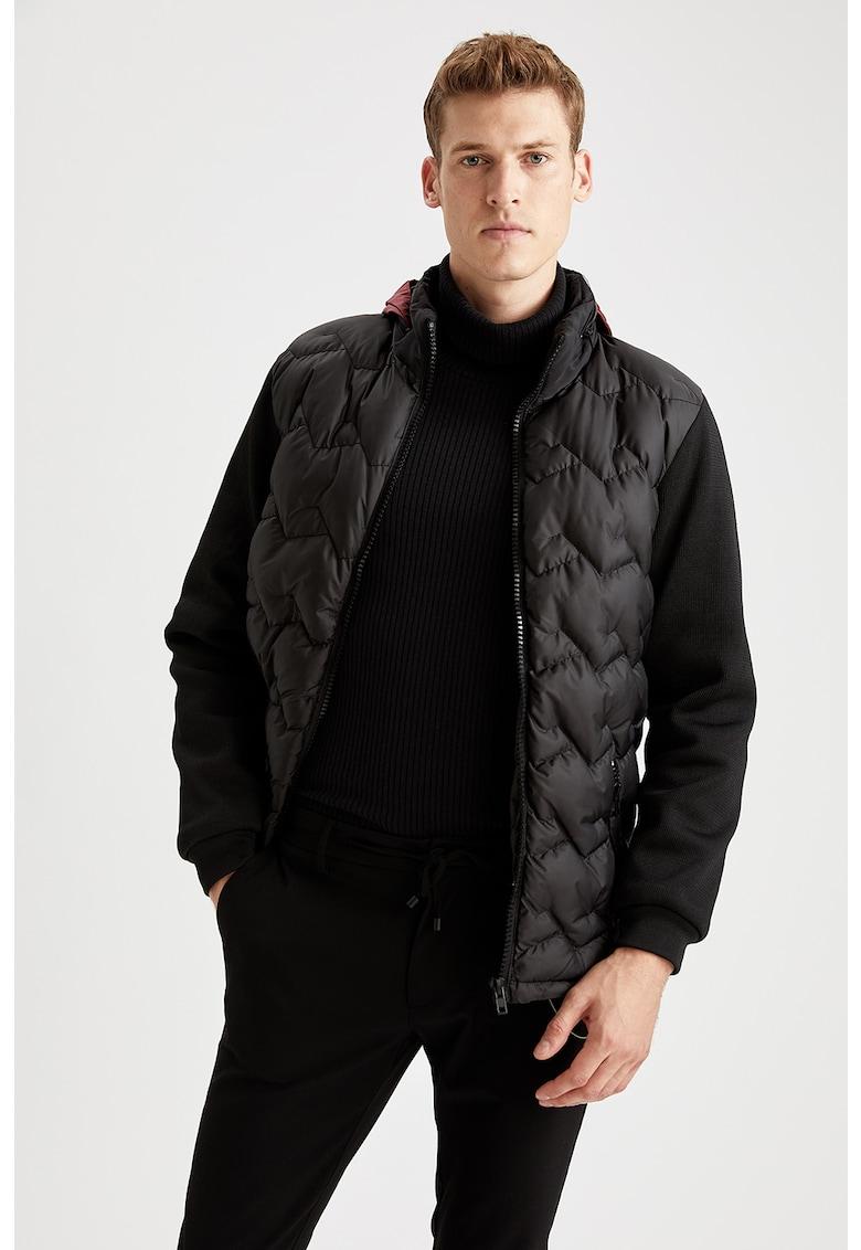 Jacheta cu gluga - vatelina si aspect matlasat de la DeFacto