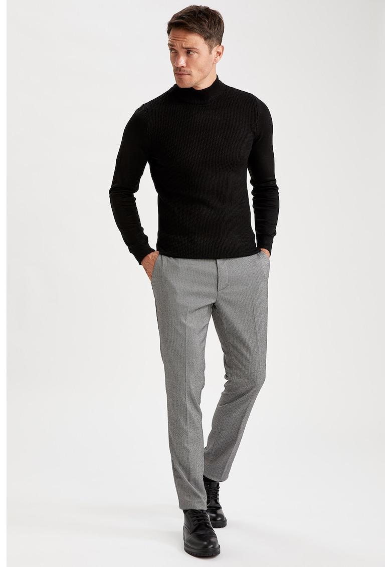 Pantaloni chino regular fit DeFacto imagine 2021