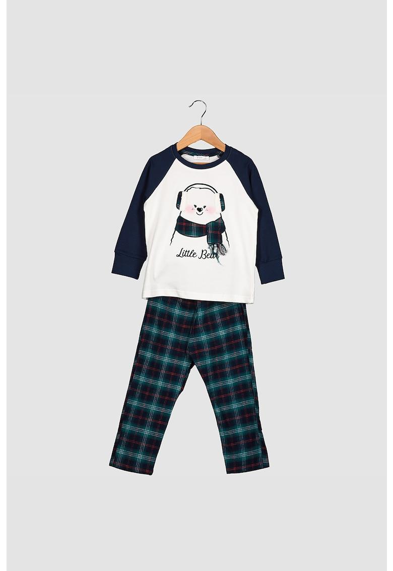 Pijama cu model in carouri si bluza cu maneci lungi
