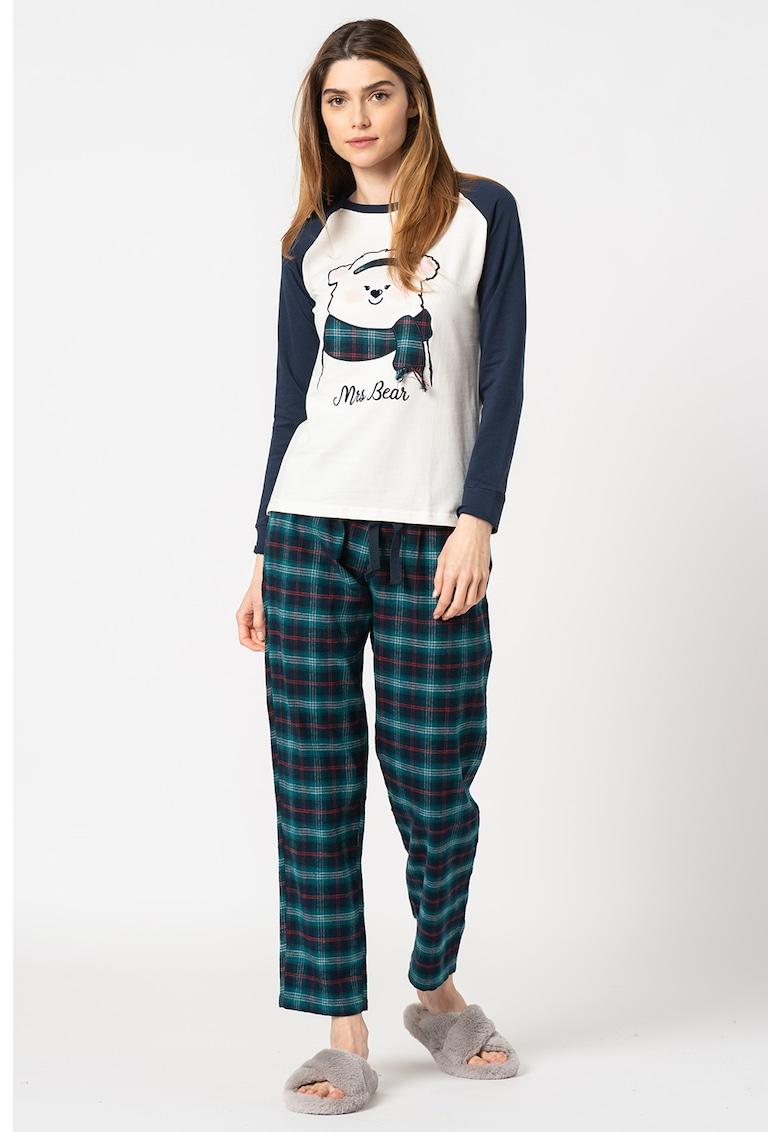 Pijama cu segmente in carouri