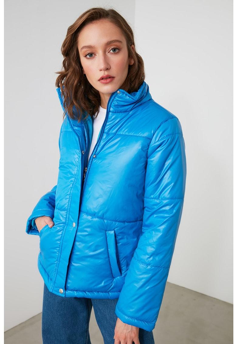Jacheta cu fermoar si buzunare oblice imagine fashiondays.ro