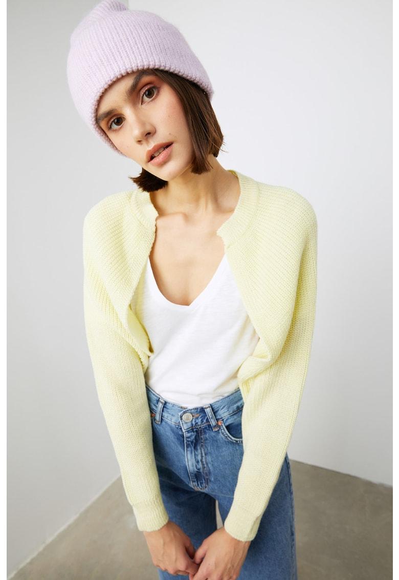 Bolero tricotat cu maneci raglan