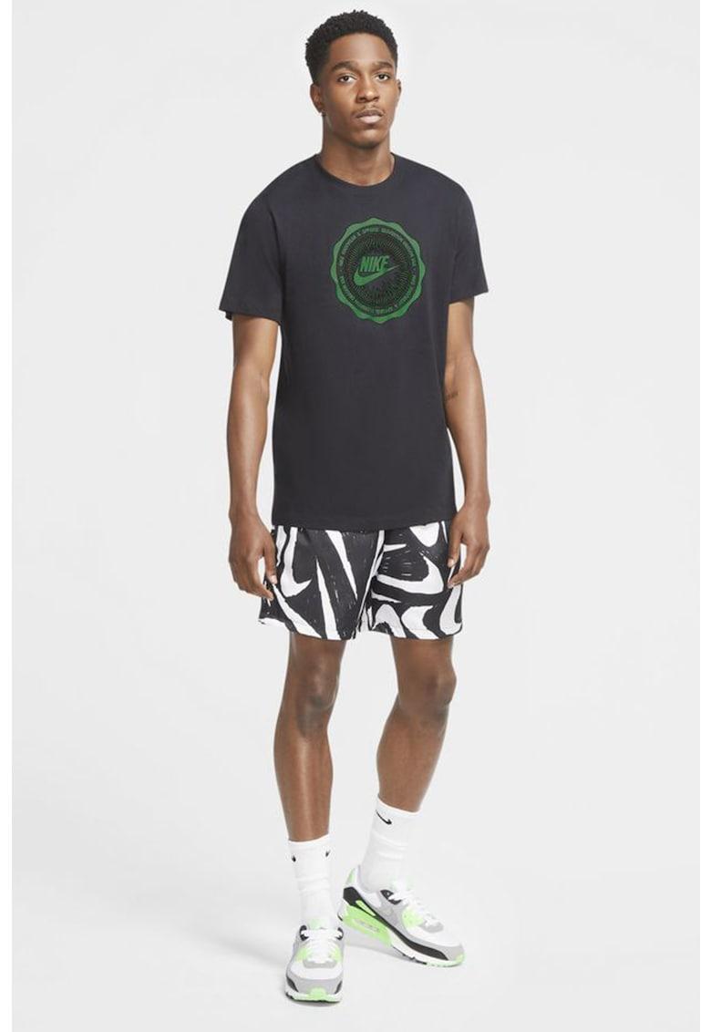 Tricou cu decolteu la baza gatului Futura de la Nike