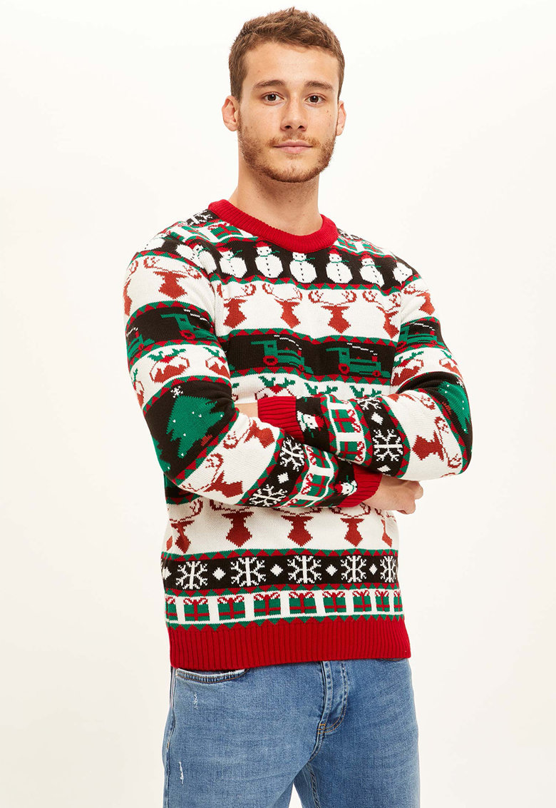 Pulover tricotat cu model