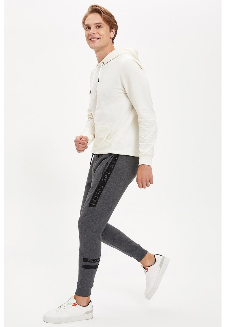 Pantaloni sport cu snur de ajustare in talie imagine fashiondays.ro
