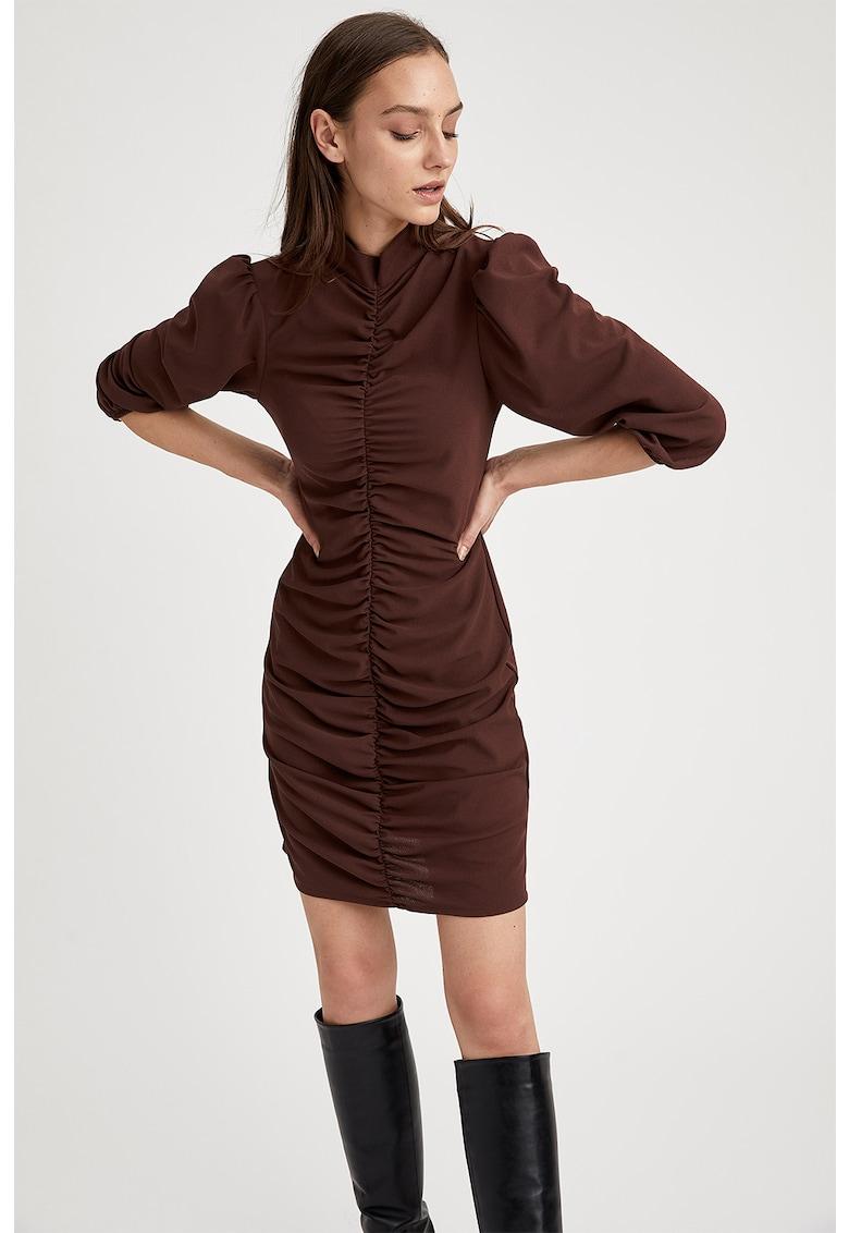 Rochie mini cu model cu fronseuri