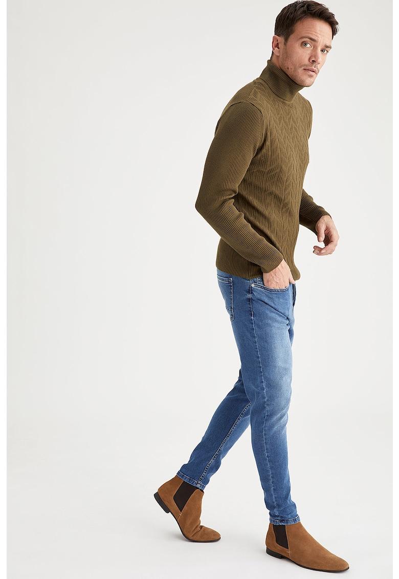 Blugi slim fit cu aspect decolorat imagine fashiondays.ro