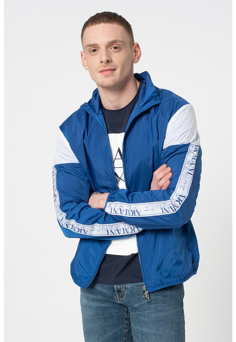 Jacheta cu model colorblock si garnituri logo imagine