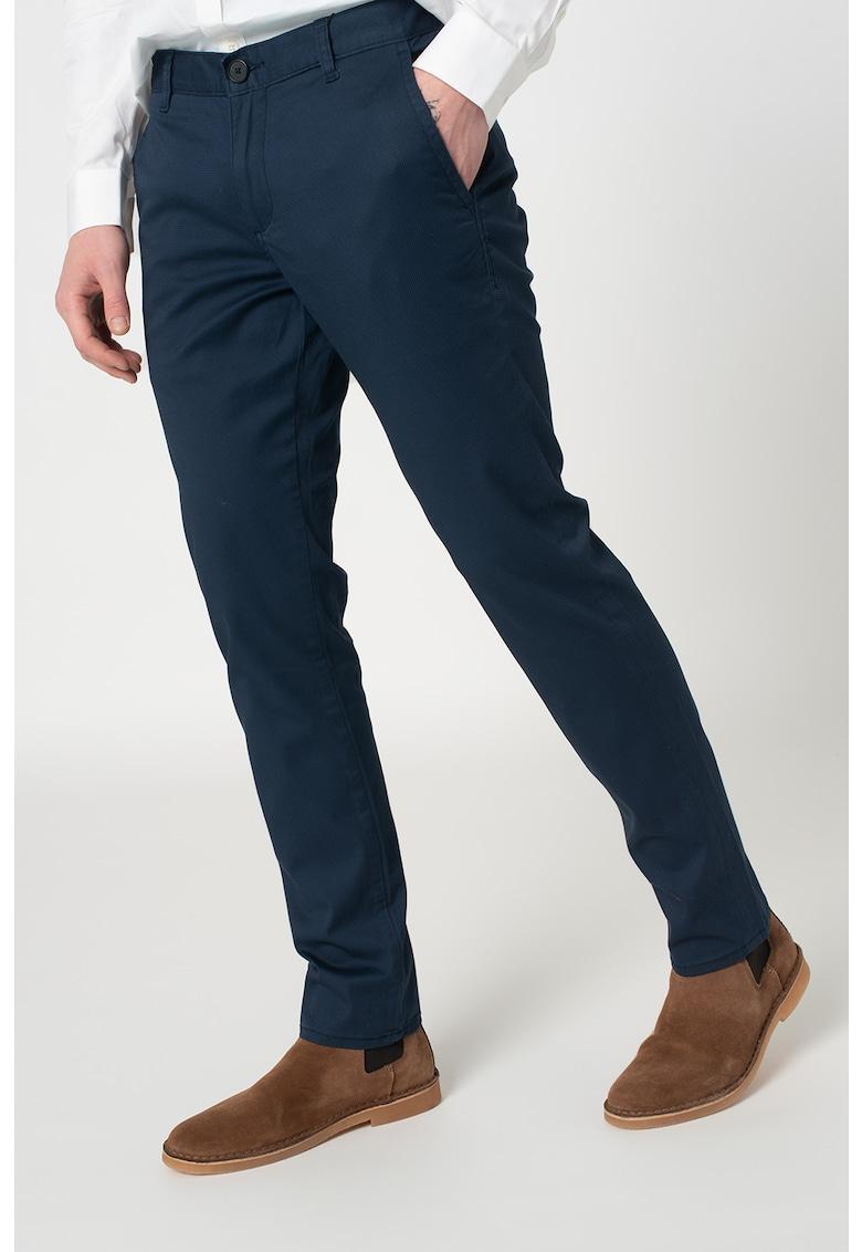 Pantaloni chino conici imagine promotie