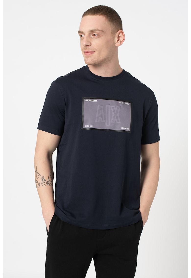 Tricou cu logo si decolteu la baza gatului Bărbați imagine