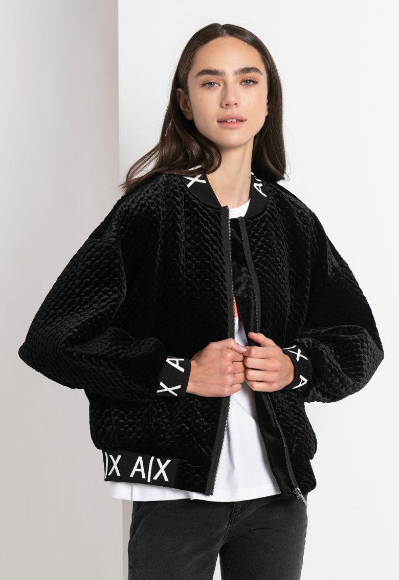 Jacheta catifelata cu maneci cazute imagine promotie