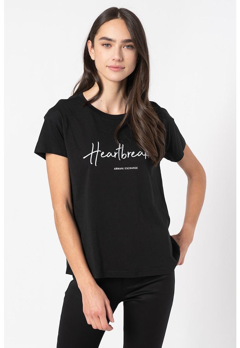 Tricou din amestec de modal cu decolteu la baza gatului si imprimeu text imagine promotie
