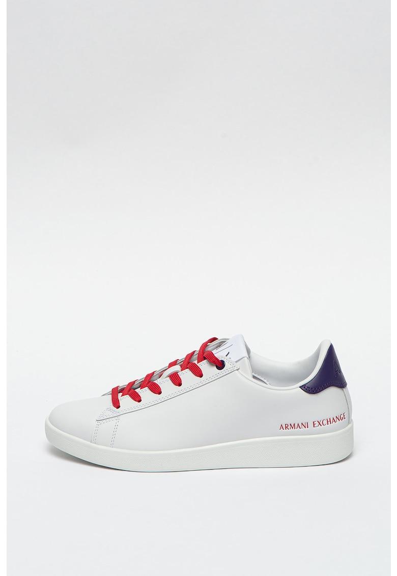 Pantofi sport de piele cu sireturi contrastante imagine promotie