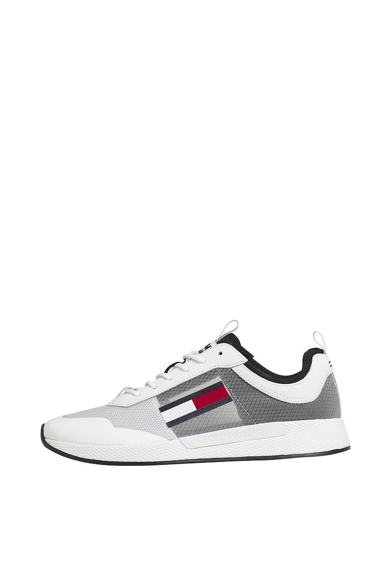 Pantofi sport cu insertii de piele imagine promotie