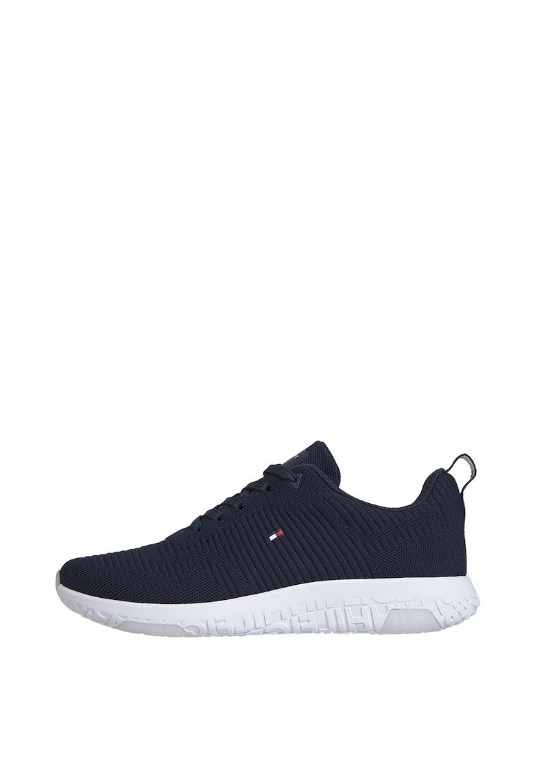 Pantofi sport de material textil cu logo imagine promotie