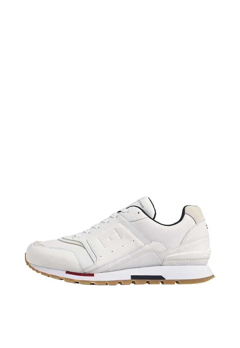 Pantofi sport de piele ecologica cu garnituri de piele imagine promotie