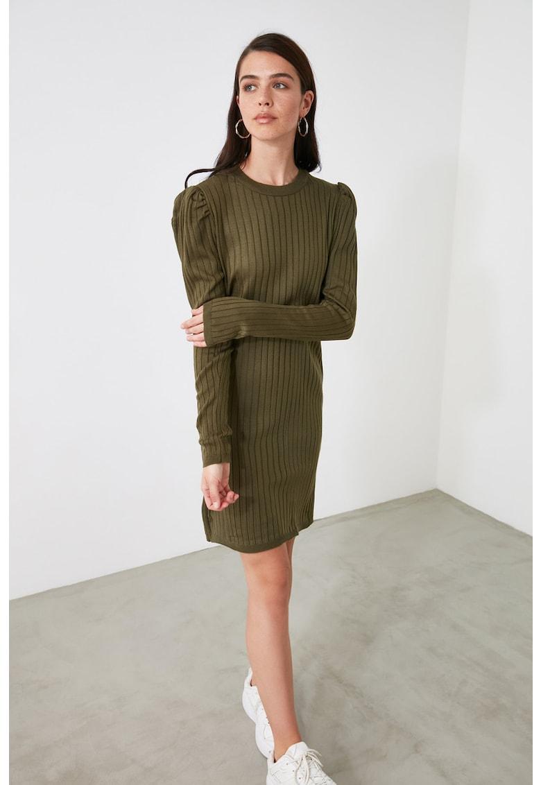 Rochie tip pulover cu striatii si maneci lungi