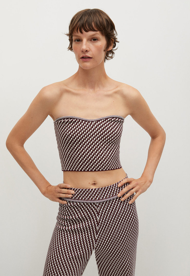 Top crop tricotat Abeille imagine fashiondays.ro