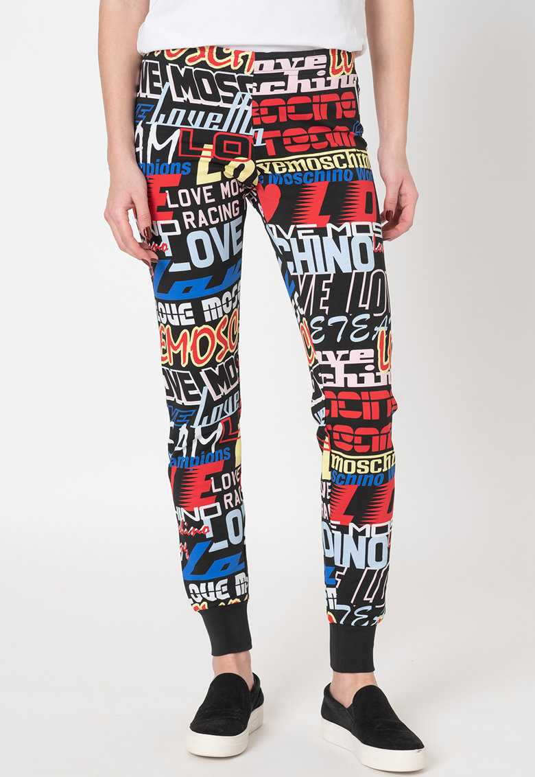 Pantaloni sport slim fit cu imprimeu text Love Moschino fashiondays.ro