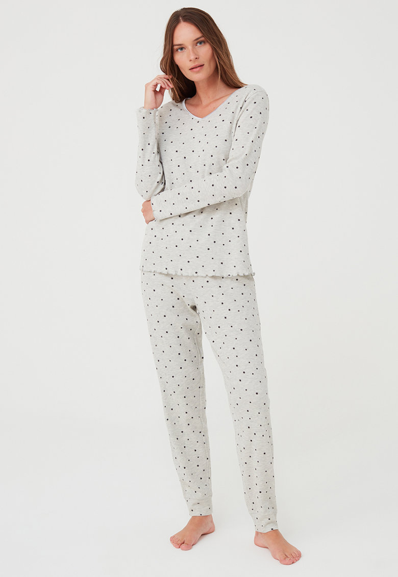 Pijama cu model cu stele si maneci lungi
