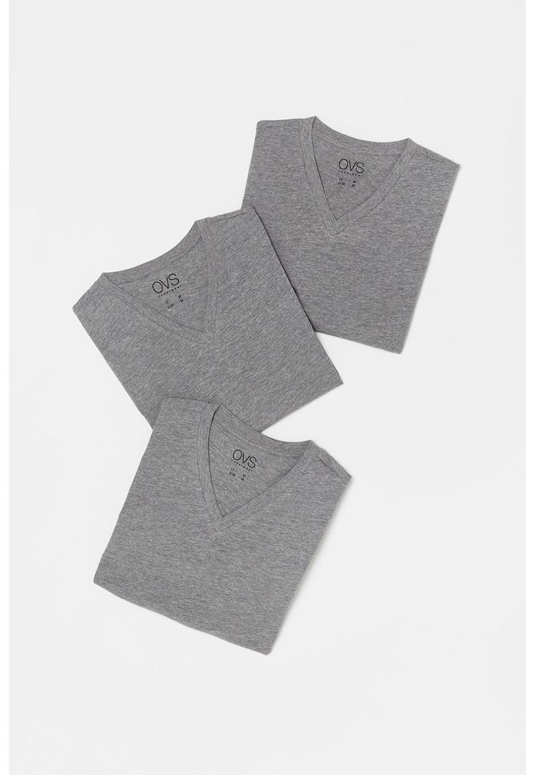 Set de tricouri cu decolteu in V -3 piese