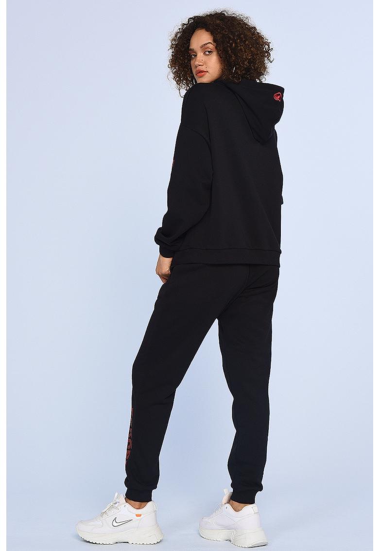 Pantaloni sport cu imprimeu logo Jenny