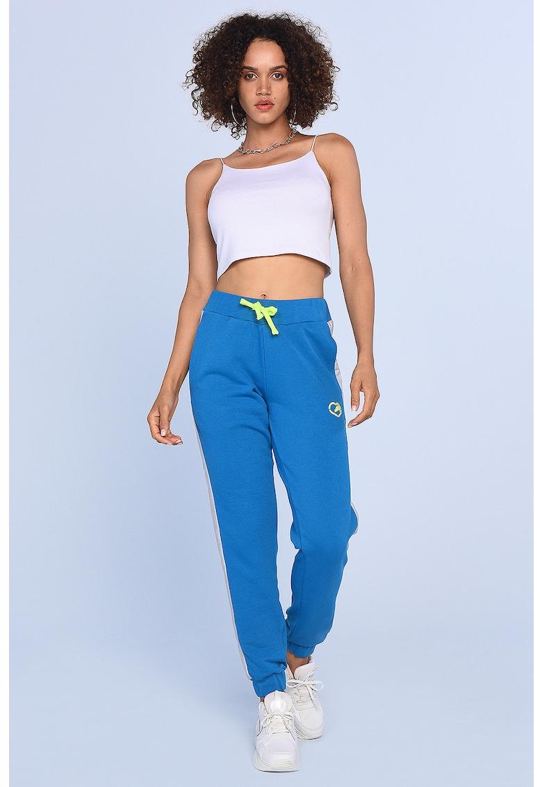Pantaloni sport conici cu benzi laterale contrastante Sam
