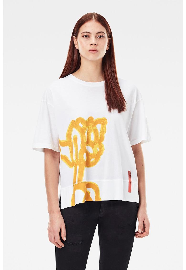 Tricou din bumbac organic cu imprimeu si maneci cazute imagine fashiondays.ro
