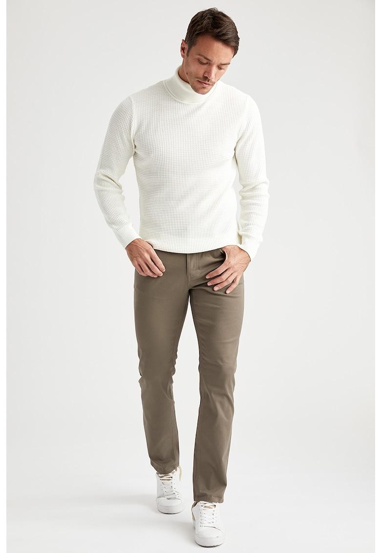 Pantaloni drepti imagine fashiondays.ro
