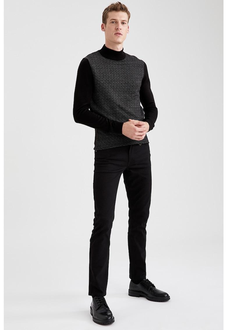 Pantaloni slim fit poza fashiondays