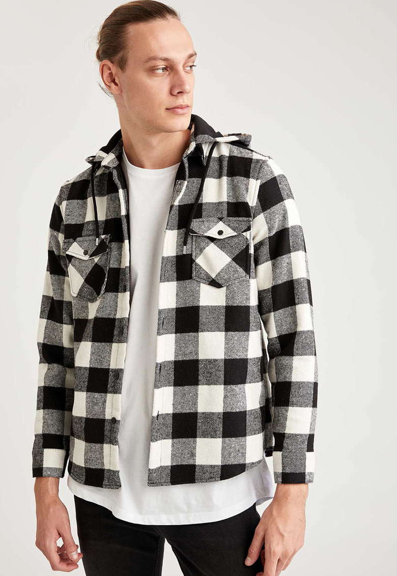 Jacheta tip camasa cu model in carouri