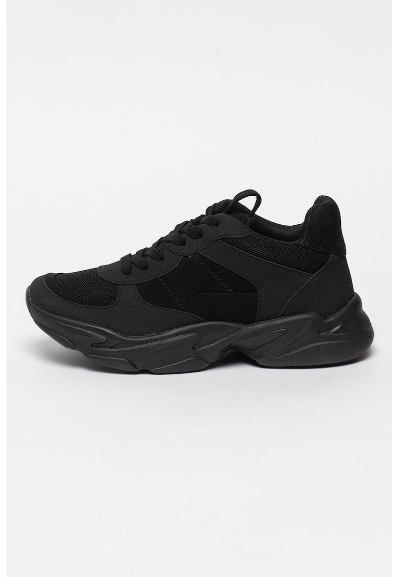 Pantofi sport cu insertii de plasa si aspect masiv imagine fashiondays.ro 2021