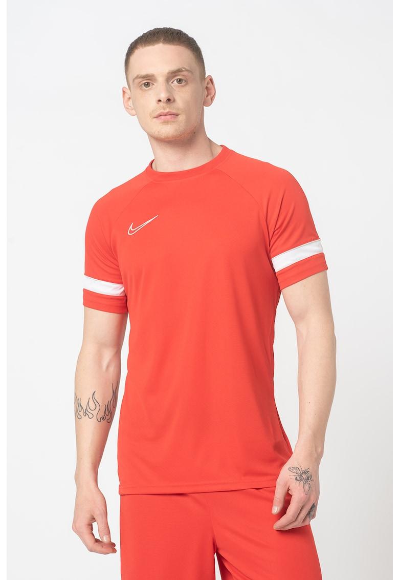 Tricou cu tehnologie Dri-Fit pentru fotbal Academy imagine fashiondays.ro Nike