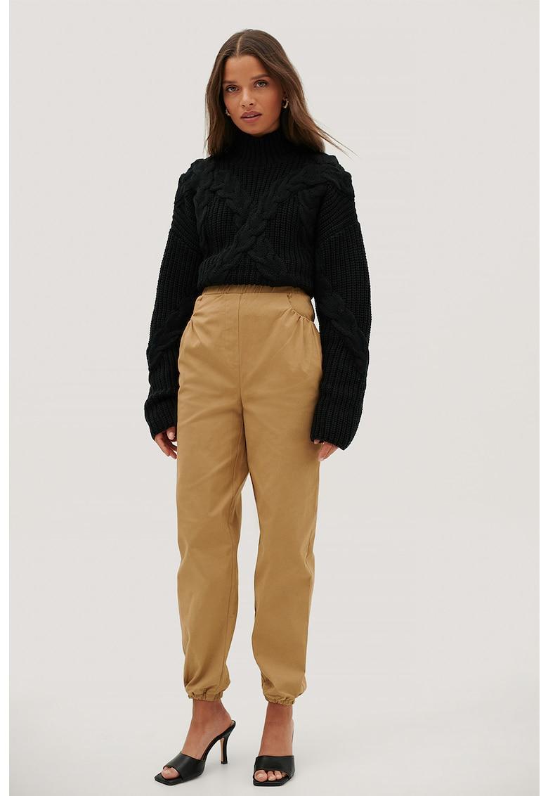 Pantaloni cu talie elastica inalta