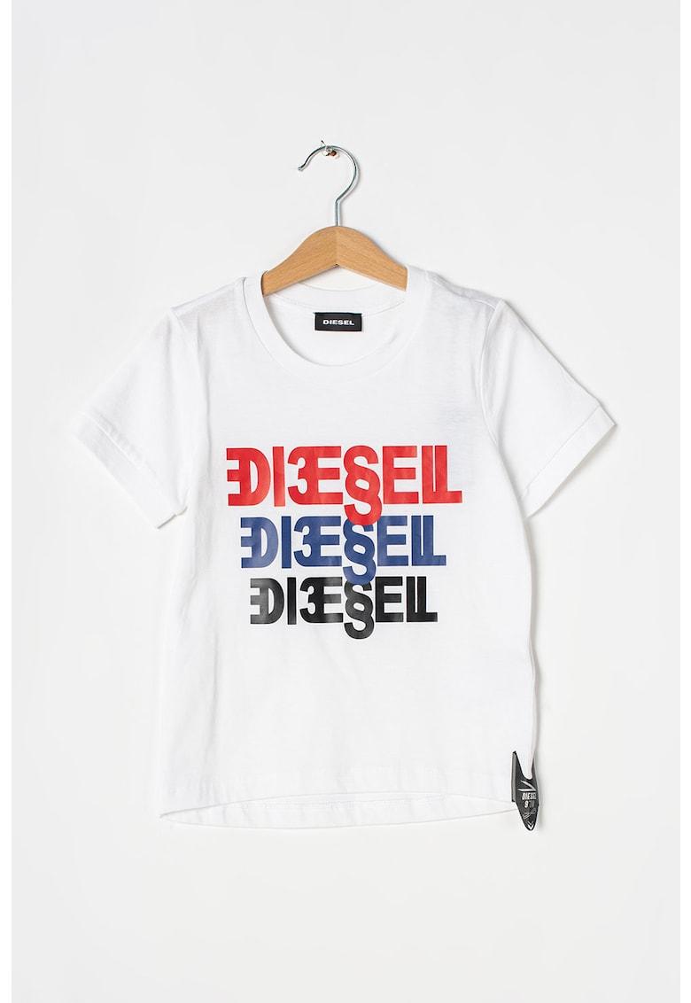Tricou cu decolteu la baza gatului si imprimeu logo cauciucat imagine promotie