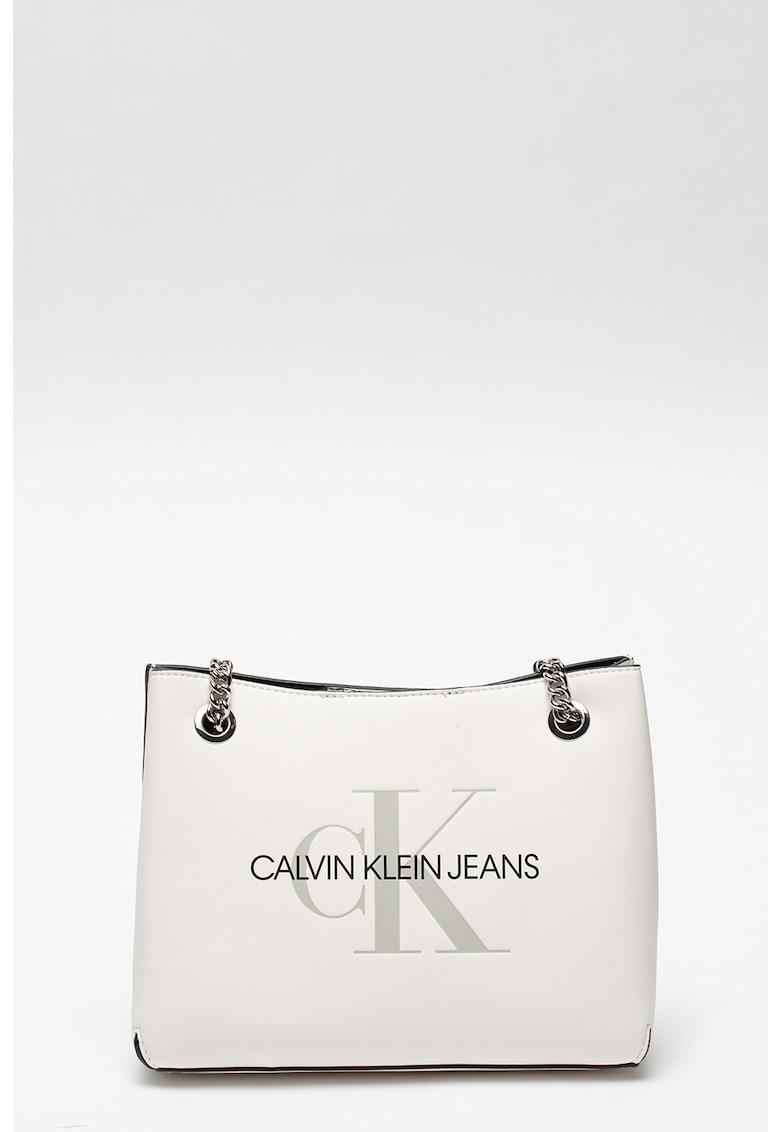 Geanta din piele ecologica cu bareta de umar din lant CALVIN KLEIN JEANS fashiondays.ro