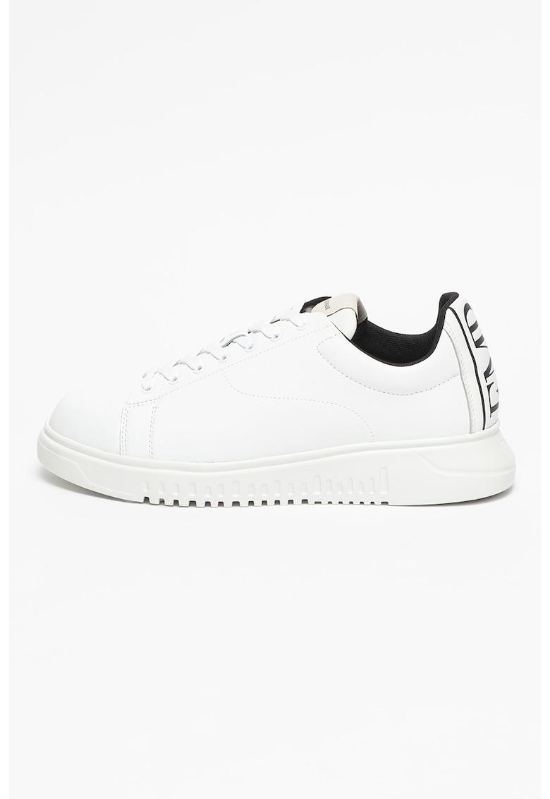 Pantofi sport cu insertii de piele peliculizata