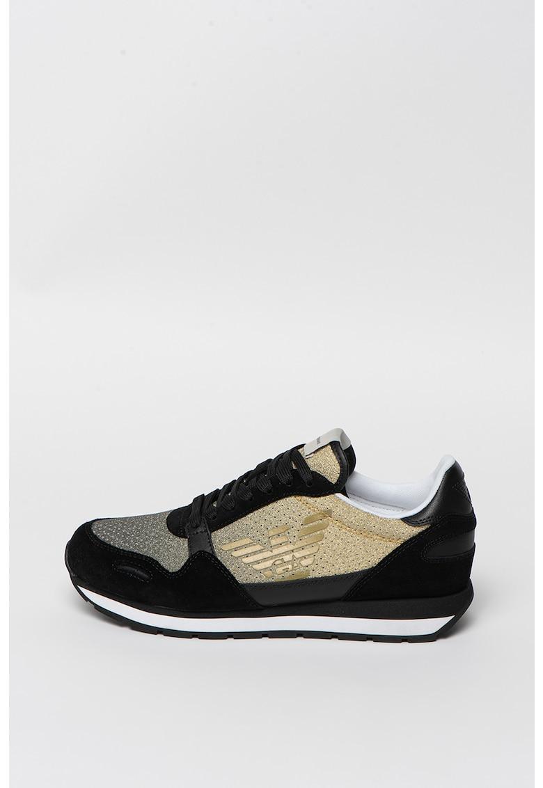 Pantofi sport cu aspect stralucitor si insertii de piele intoarsa
