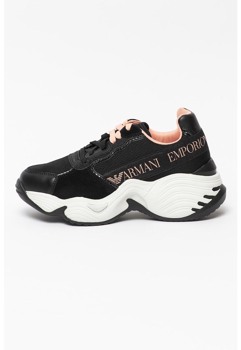 Pantofi sport cu aspect masiv si garnituri din piele intoarsa