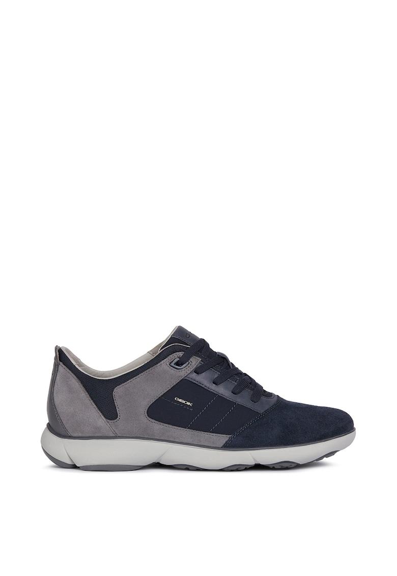 Pantofi sport de piele si piele intoarsa cu insertii de plasa