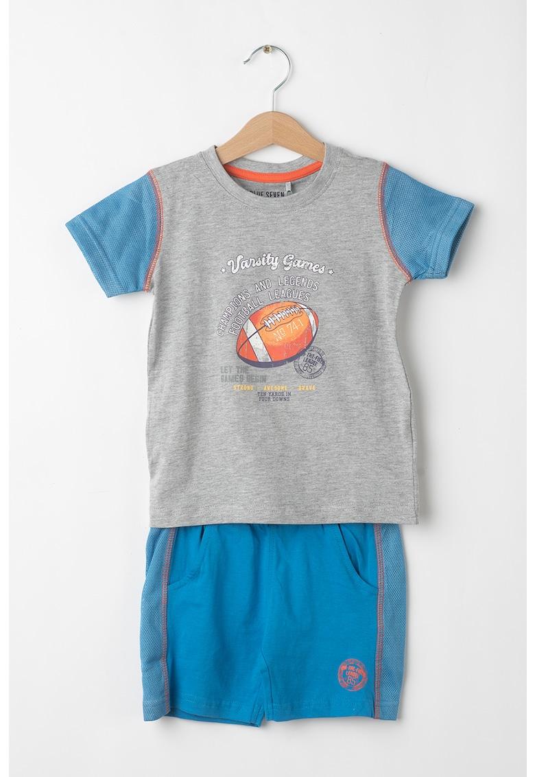 Set de tricou si pantaloni scurti cu imprimeu grafic - 2 piese imagine fashiondays.ro 2021