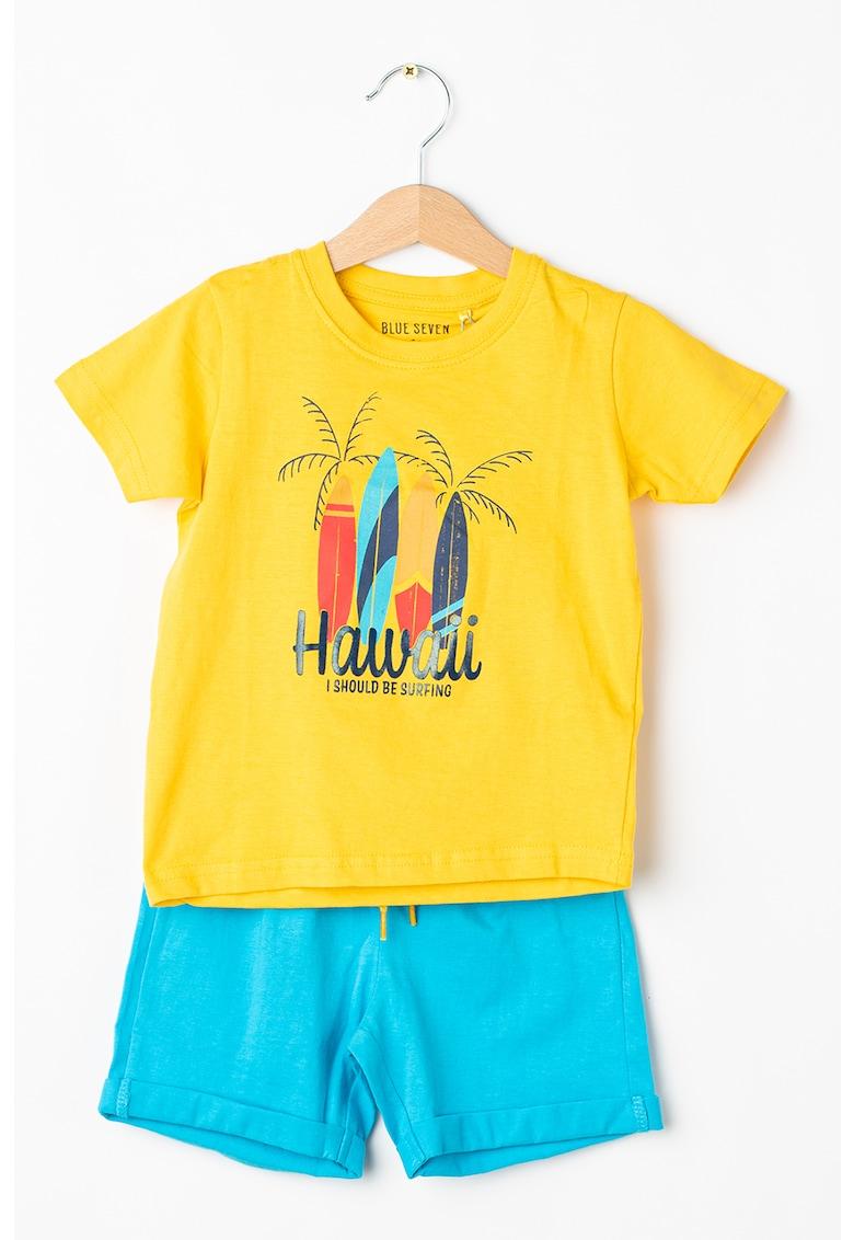 Set de tricou si pantaloni scurti - cu imprimeu grafic imagine fashiondays.ro