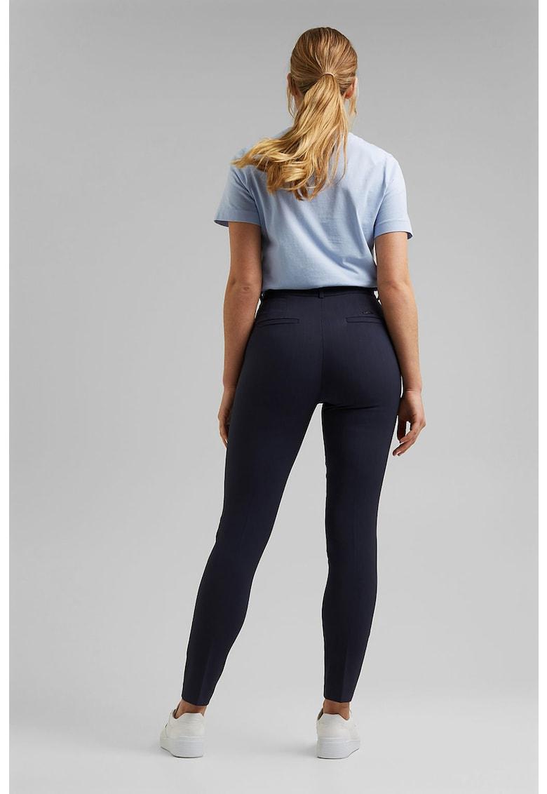 Pantaloni chino cu dungi discrete