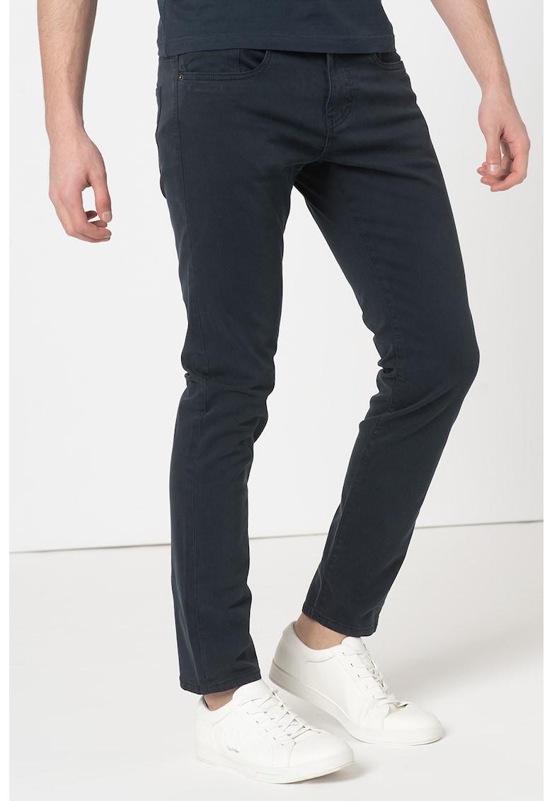 Pantaloni slim fit imagine