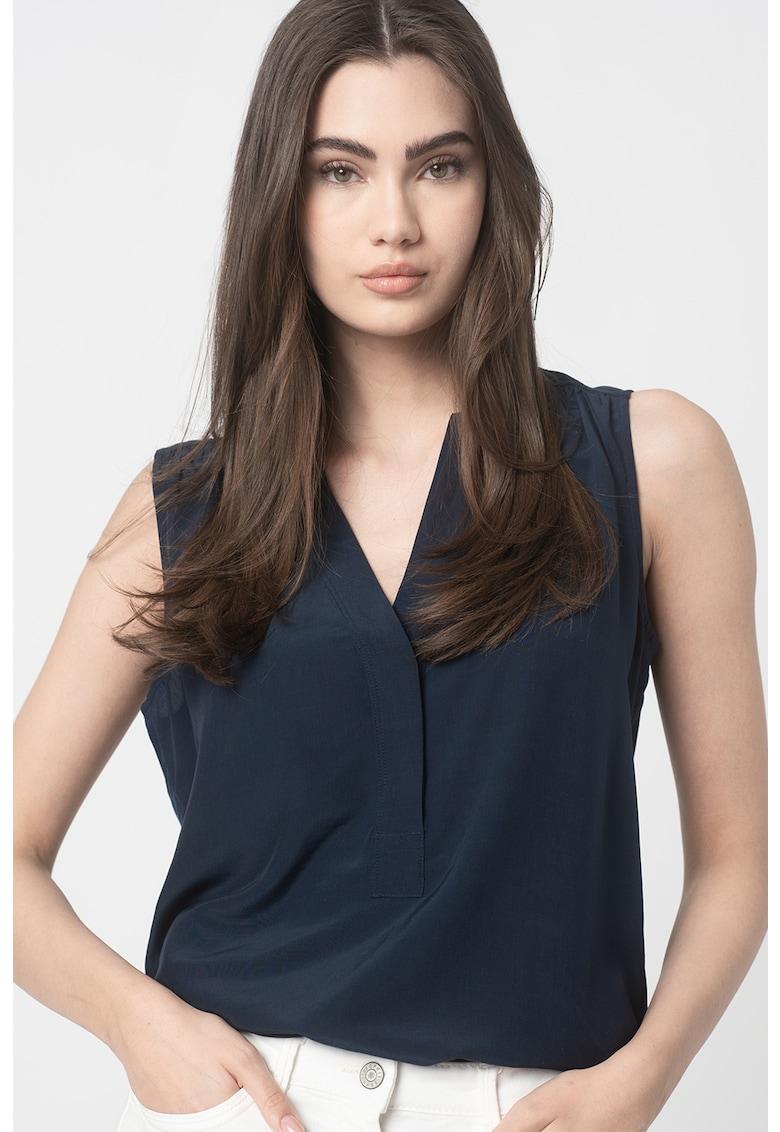 Bluza cu decolteu in V - fara maneci imagine fashiondays.ro Esprit