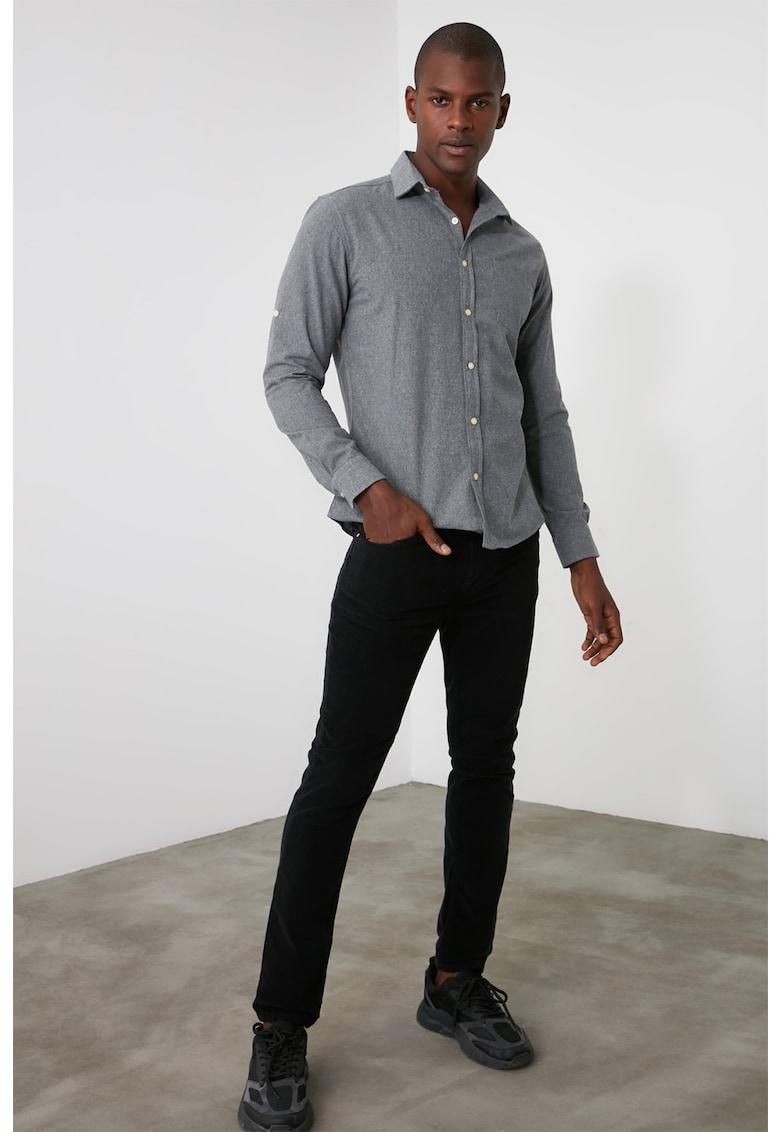 Pantaloni de reiat