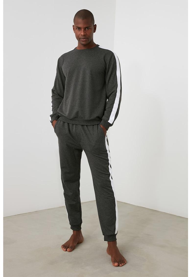 Pijama din amestec de bumbac cu benzi laterale contrastante