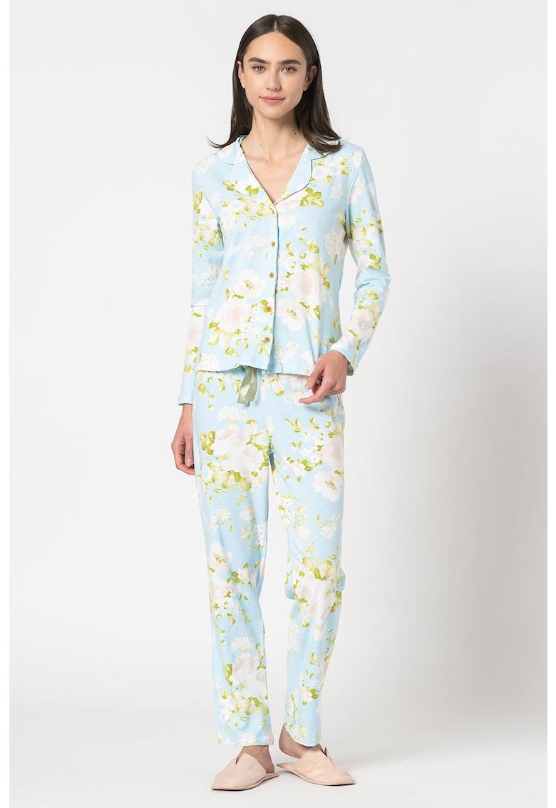 Pijama cu imprimeu floral si revere decupate